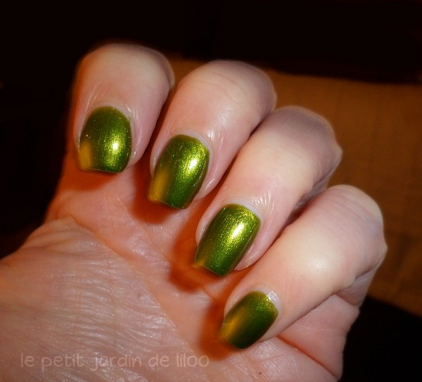 002-beauty-uk-green-nail-polish