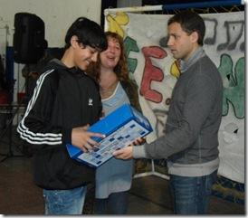Juan Pablo de Jesús entregan netbooks del programa Conectar Igualdad