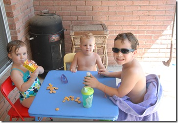 Cousins eating a snack