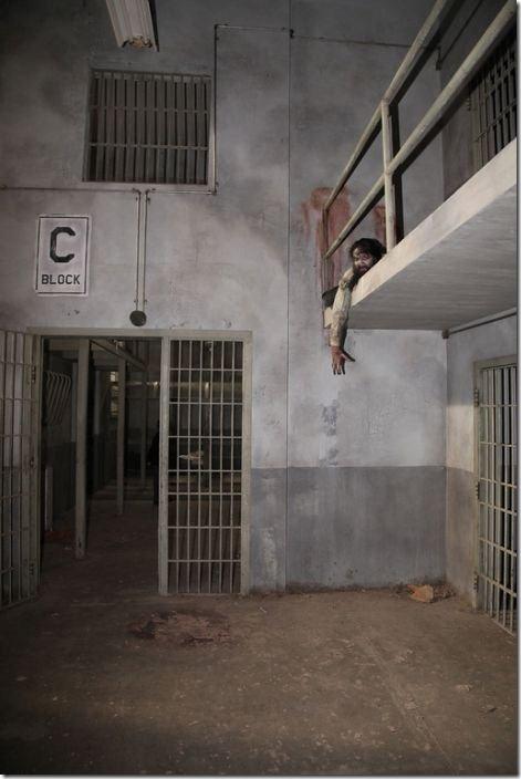 walking-dead-prison-set-23