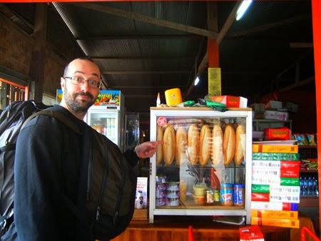Hay pan... ¡estamos en Laos!