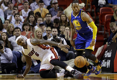 lebron james nba 140102 mia vs gsw 02 LeBron James Shoes Leave Massive Skid Mark On Court
