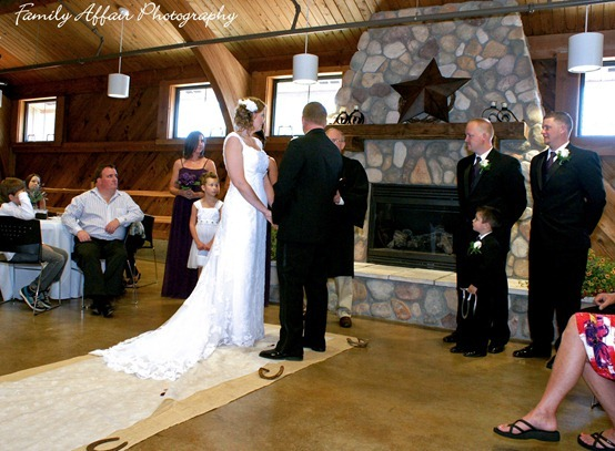 Frontier Lodge Wedding Photographer 12