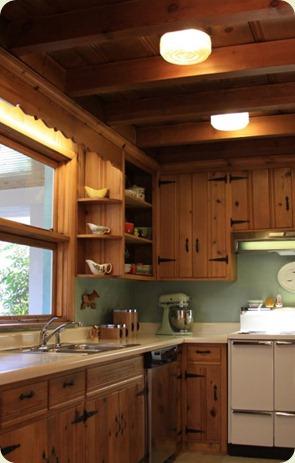knotty-pine-kitchen-renovation-460