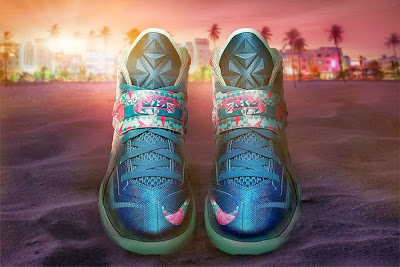 nike zoom soldier 7 gr pink green glow 3 01 Coming Soon: Nike Zoom Solder VII The Power Couple