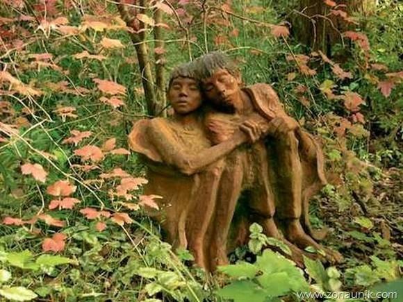 beautiful-wooden-sculptures16