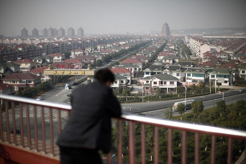 chinas-village-skyscrapper-5