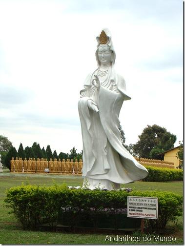 Kuan Yin ou Avalokiteshvara em Foz do Iguacu Templo Budista