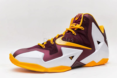 nike lebron 11 pe ctk home 1 07 First Look at Nike LeBron 11 Christ the King Home PE