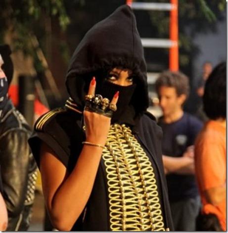 RihannaKanyeWestRunThisTownmu