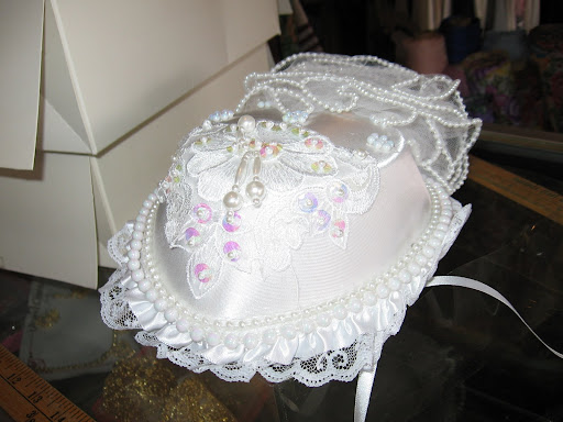 wedding hair accessories, wedding cakes, wedding dresses ring pillow, wedding accessories-60