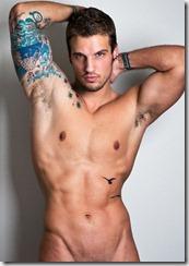 Parker-Hurley-homem-sarado-tatuado-nu-2