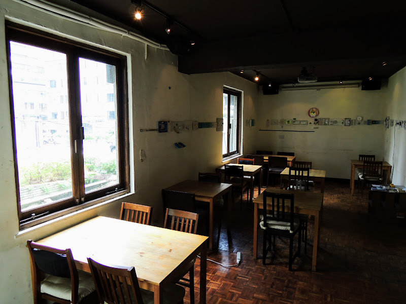 homey's Café 較裡面的座位.jpg