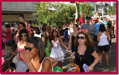 2012-02-16 Carnaval no Vira 2012 maq da Lu17