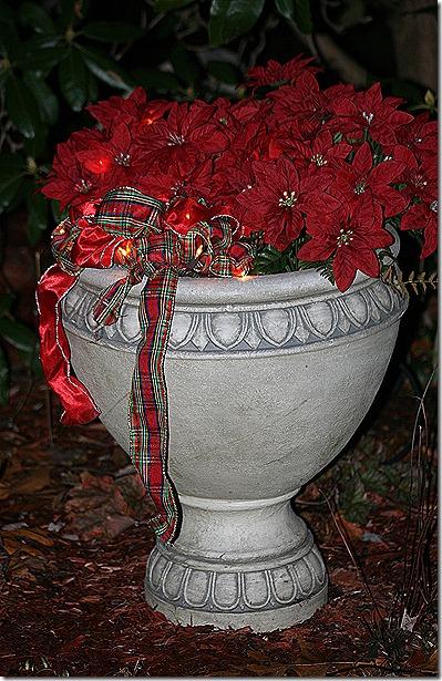 CHristmas_Planter2012