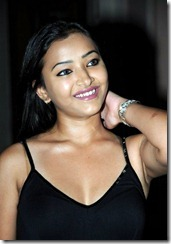 swetha basu prasad hot still