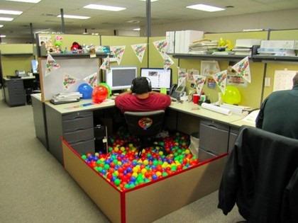 [best-cubicle-ever-675x506%255B3%255D.jpg]