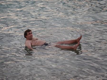 29. Plutind in Marea Moarta.JPG