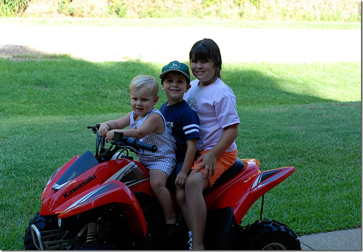 cousins on 4 wheeler