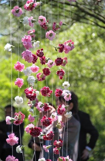 hanging flowers nina e i fiori 941723_360941434007755_2053747324_n