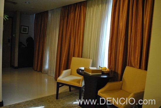 Bellevue Hotel Manila 26