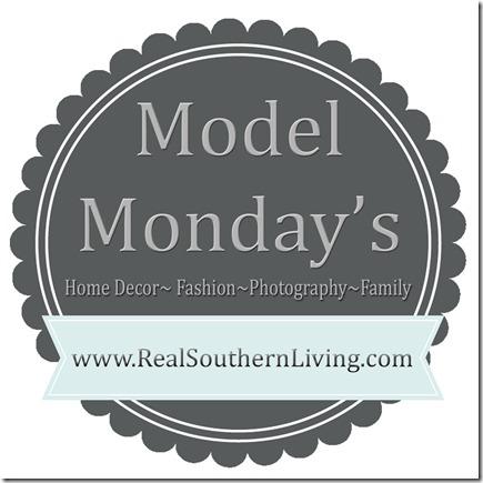 Model Monday 000