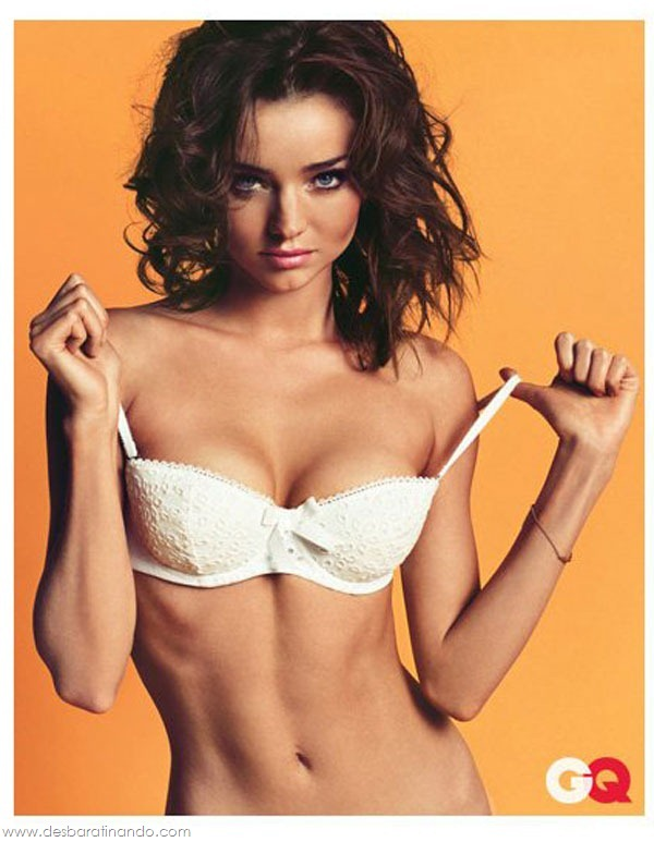 miranda-kerr-linda-sexy-sensual-model-boobs-ass-lingerie-desbaratinando (97)