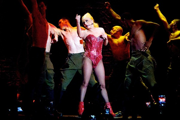 The-Born-This-Way-Ball-Tour-in-Auckland-June-8-lady-gaga-31089406-2048-1365