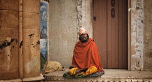 【图说】印度苦行僧艰苦修道生活:一生以恒河为家
