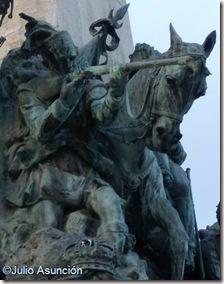 Soldado escocés - Monumento a la batalla de Vitoria