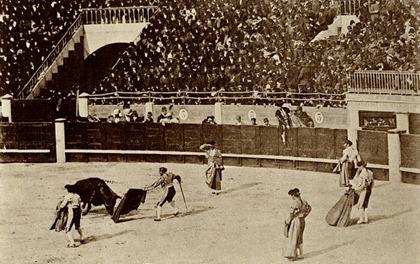 1880 Madrid (f. Laurent) Frascuelo pasando de muleta