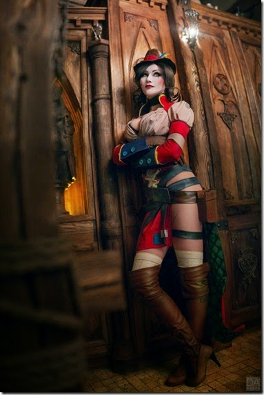 mad-moxxi-cosplay-010
