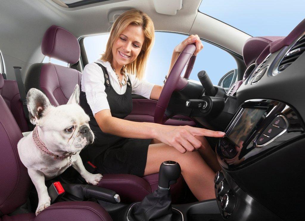 2013-Opel-Vauxhall-Adam-Interior-3.jpg?imgmax=1800