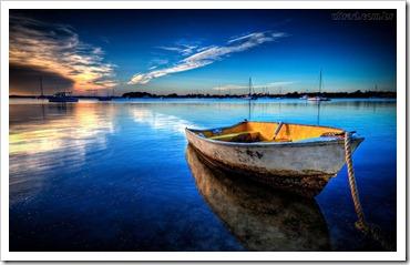 rio e canoa