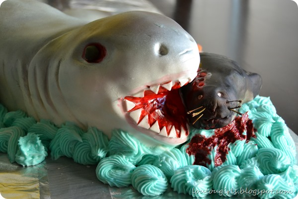 shark-cake-eating-seal