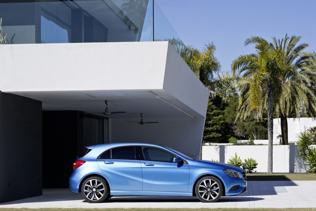 2013-Mercedes-A-Class-6.jpg?imgmax=1800