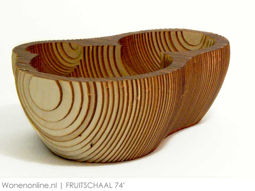 FRUITSCHAAL-74-1