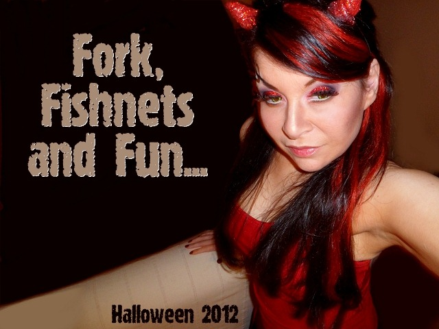 00111-halloween-sexy-devil-makeup