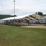 Zeltaufbau auf dem Festplatz