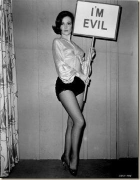 mujer mala ateismo