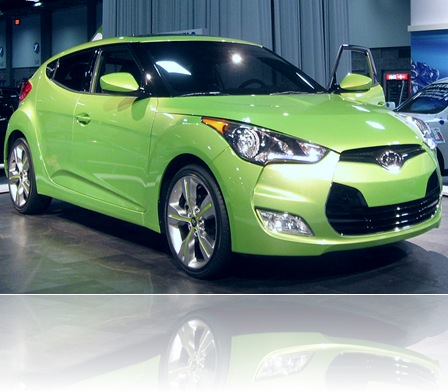 800px-2012_Hyundai_Veloster_--_2011_DC