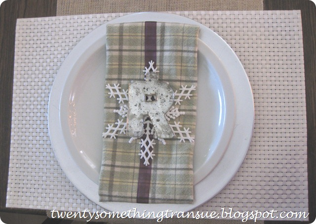Green and Purple Christmas Place Setting 2