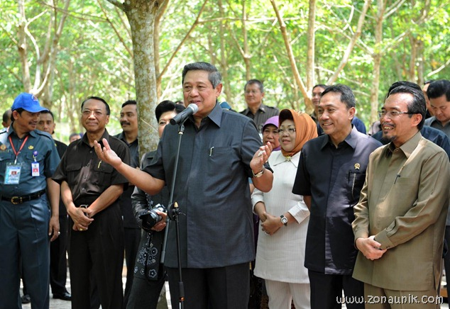foto keseharian Presiden Indonesia Susilo Bambang Yudhoyono (28)