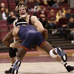133: #14 Daryl Thomas (Illinois) maj dec #6 Chris Dardanes (Minnesota) 17-8. Photo by Mark Beshey.