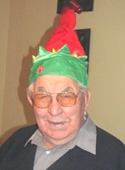 12.25.2011 dad with elf hat1