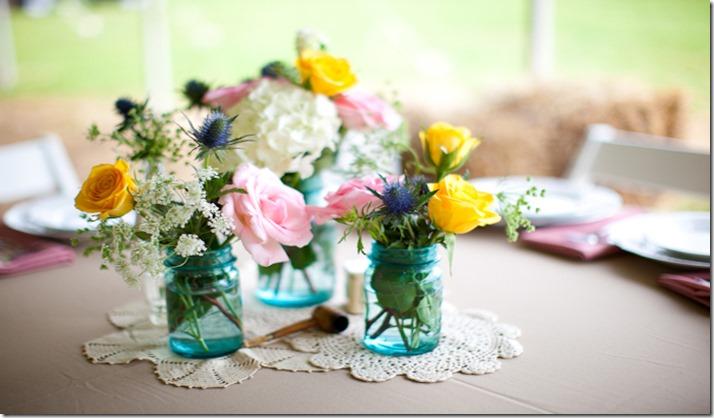 Vintage-Blue-Mason-Jar-Centerpieces