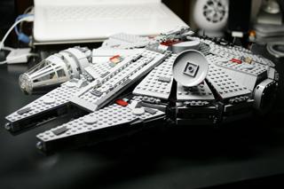 LEGO: 7965 Millennium Falconを組む その4