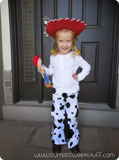 Jessie Chaps at www.sumossweetstuff.com #costume #halloween