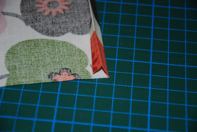 fold in edge