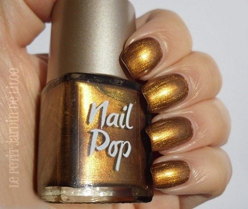 010-look-beauty-nail-polish-review-swatch-hotpants